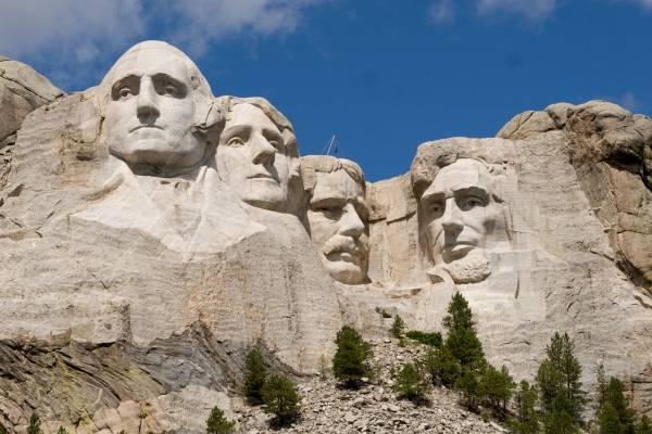Mount_Rushmore_1-600x400