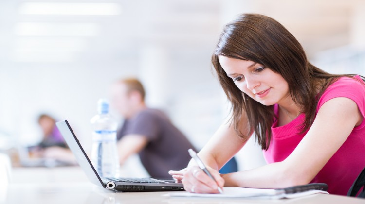 how does computer games affect the study habits of college students The effect of computer games/ social networking sites in the study habits of the students of pmi q,c students researched by: laurente, daryll rose a 1 this preview has intentionally blurred sections.